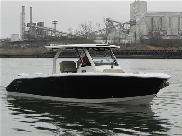 Pursuit 328 Sport