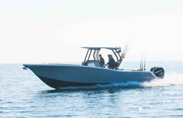 Tidewater Boats 320 CC Custom