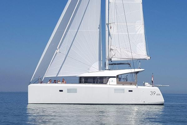 Lagoon 39 Premium