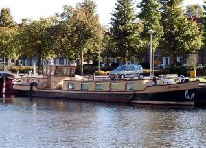 Luxe Motor Travelling Live Aboard Boats For Sale Boats Com