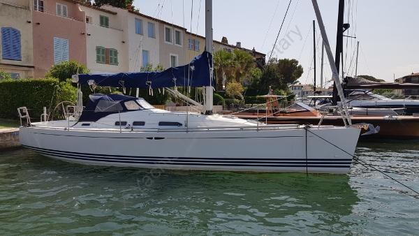 X-Yachts X-37 X-37 Nipolos in Port Grimaud