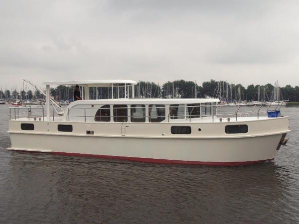 Stevens Family Cruiser 1500