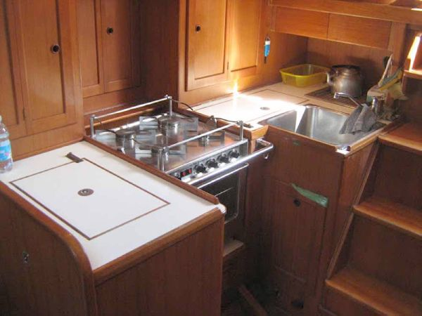 Carlini Sciarrelli galley