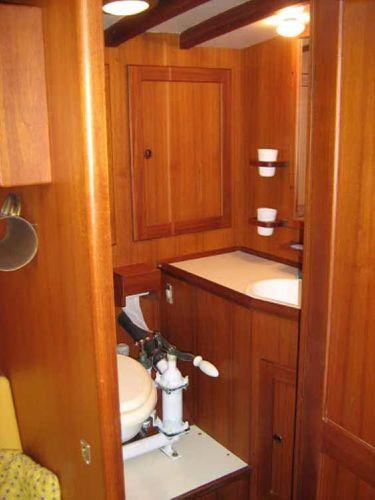 Carlini Sciarrelli head compartment
