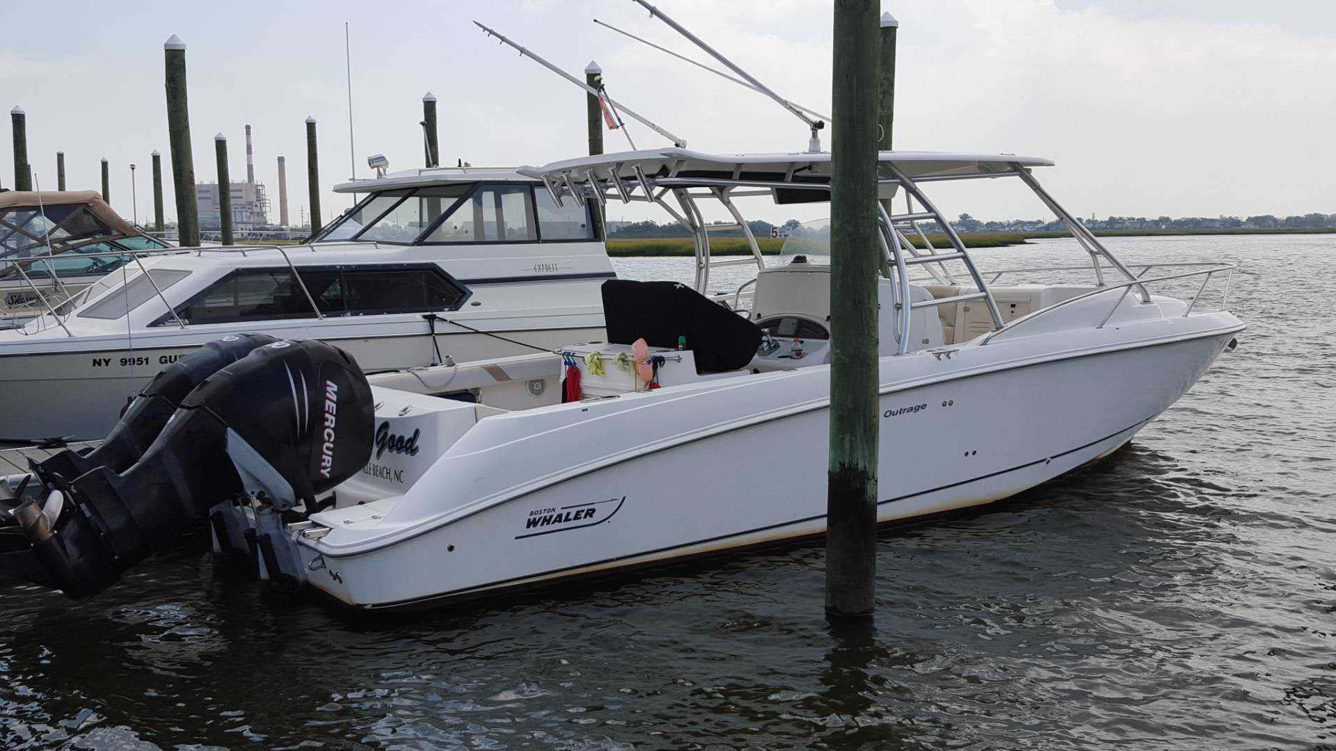 Boston Whaler 320 CD