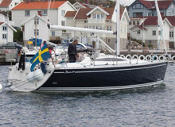 Delphia 37.3 Cruising