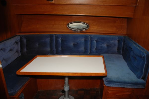 Dinette Opposite Galley (converts to double bed)