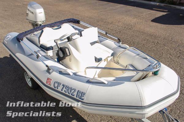 Zodiac Yachtline 340 Deluxe