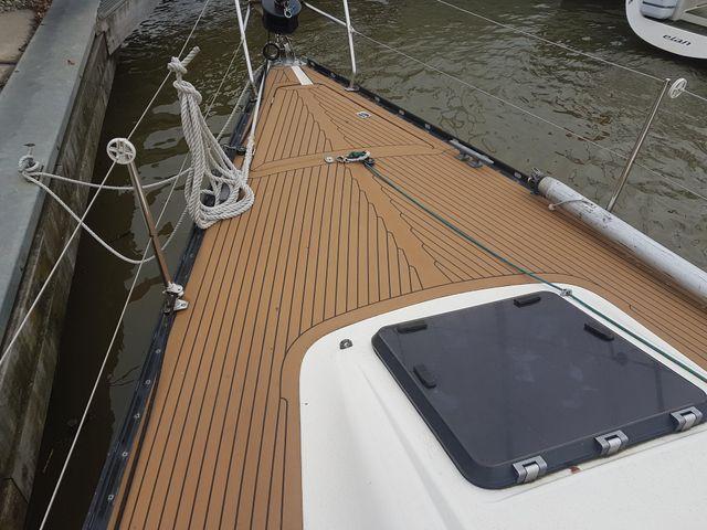 X-382 front deck