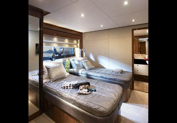 Sunseeker 28M Guest Twin
