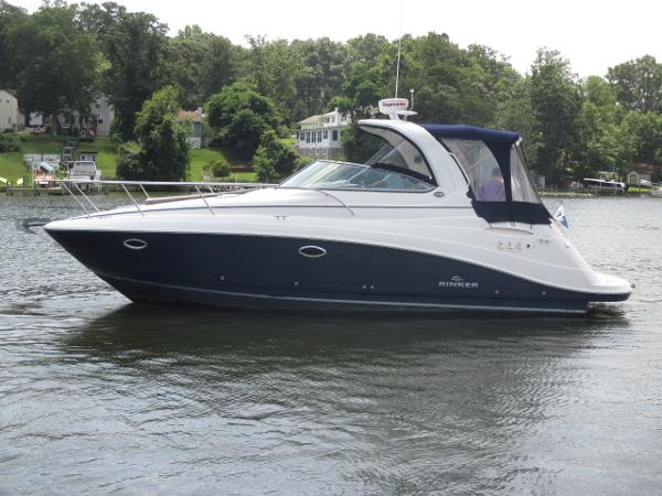 Rinker 330 Express Cruiser Port View