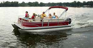 Sylvan 822 4 Point Fish and Cruise