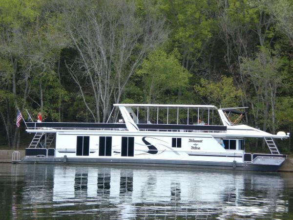 Fantasy House boat