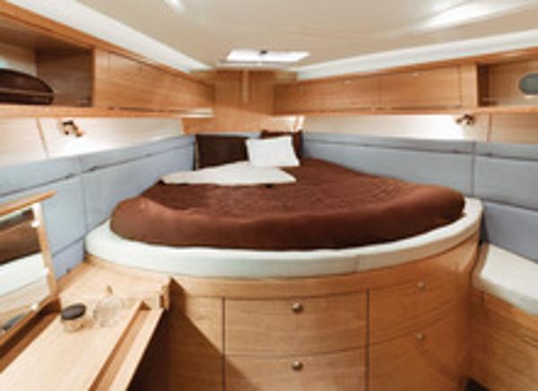 Delphia 47 Cabin