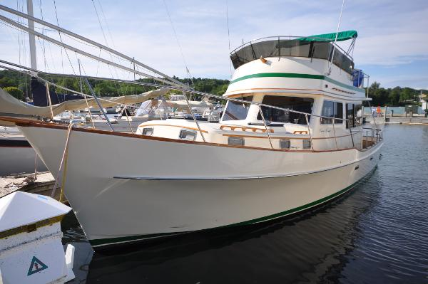 Chris-Craft Trawler Port Profile Bow Aft