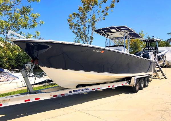 SeaCraft 32'  2016 Twin Verado's 300