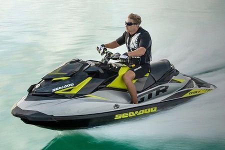 Yamaha Waverunner Fx 140 The Strong Silent Type Boatscom