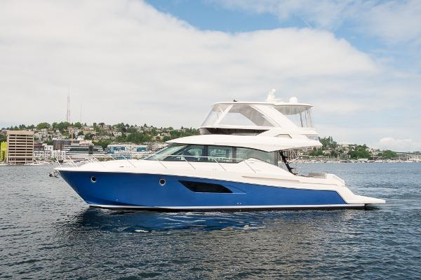 Tiara 53 Flybridge Gorgeous new F 53 Tiara now in Seattle