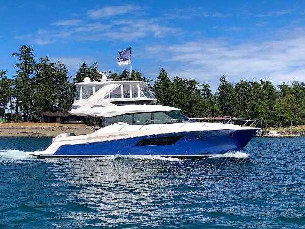 Tiara Yachts 53 Flybridge