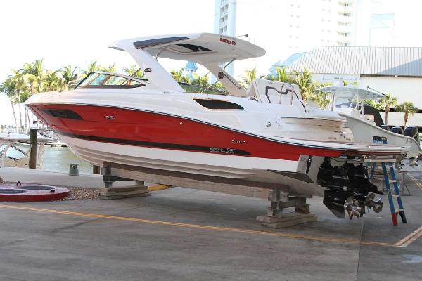 Sea Ray 350 SLX Bowrider Port Profile