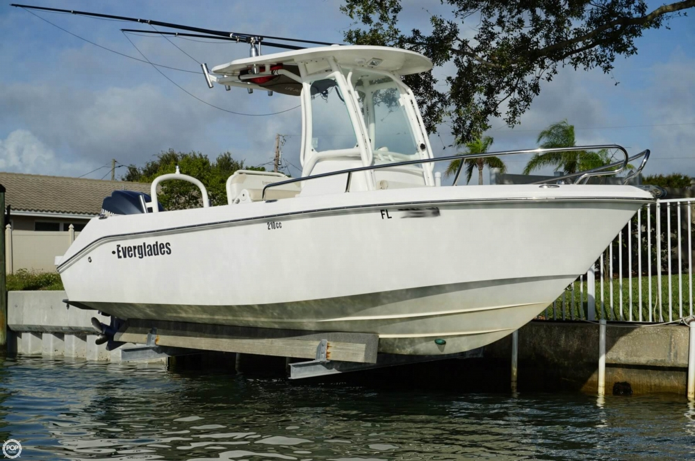 Everglades Boats 210 Cc 2009 Everglades 210 CC for sale in Clearwater, FL