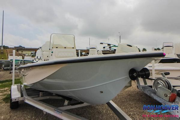 Blue Wave Boats 1900 STL