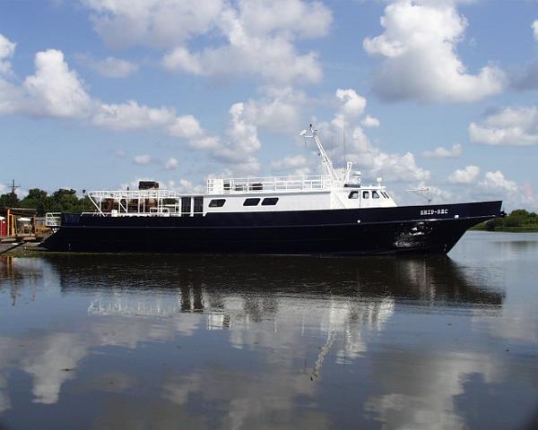 Swiftships Motor Yachts