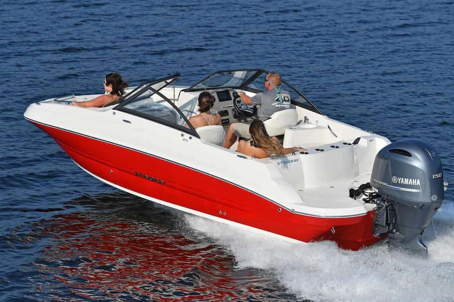 Stingray Boat image