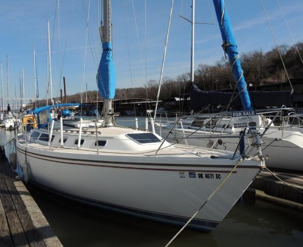Catalina 34 Stb. Bow