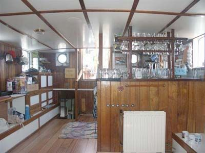 Saloon/bar