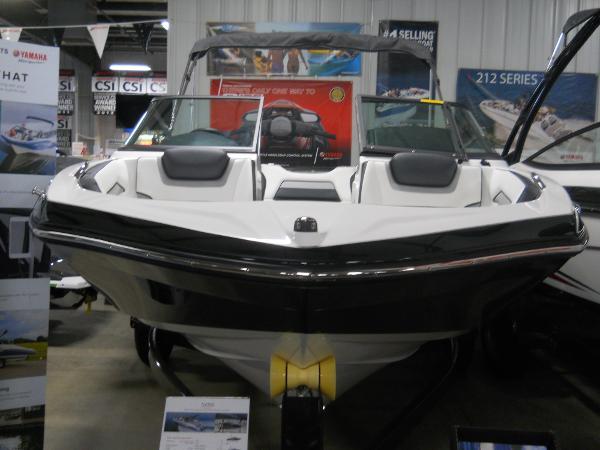 Yamaha Sport Boat SX195