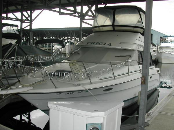 Bayliner 3058