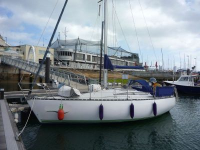 Outer Reef Trident 80