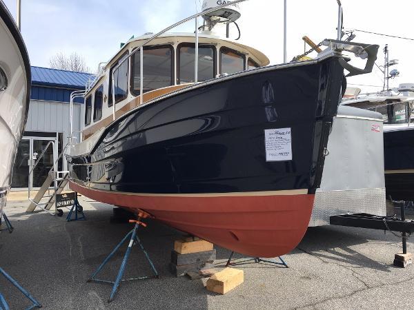 Ranger Tugs R-27 Ranger Tug R27 2016 Pocket Yacht
