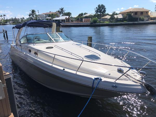Sea Ray 340 Sundancer Profile At Dock
