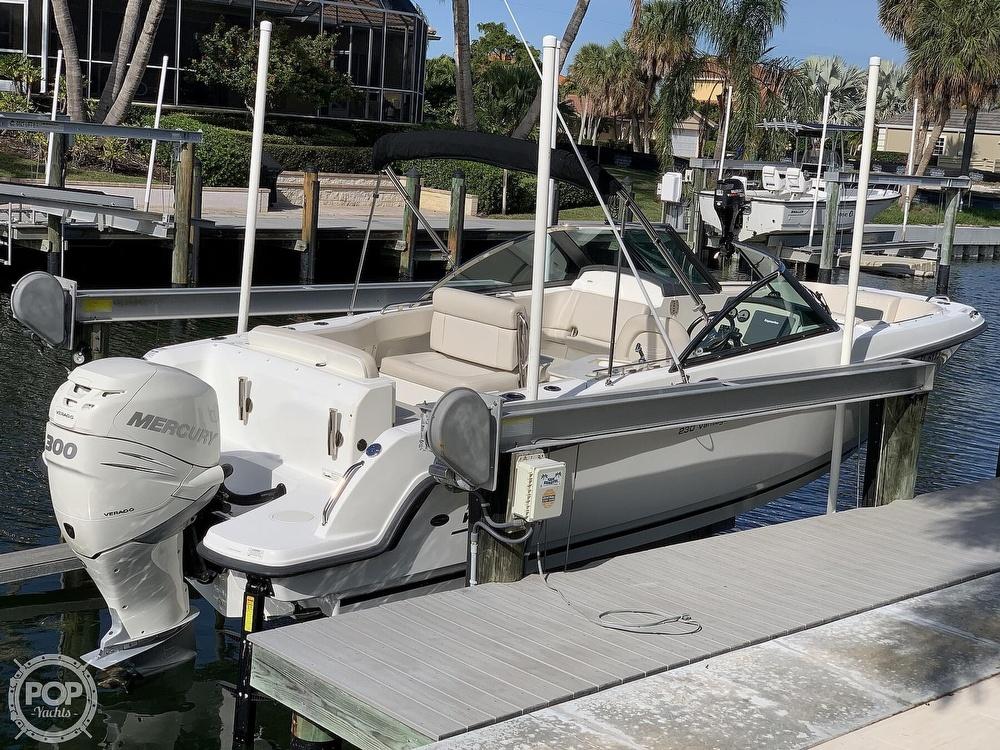 Boston Whaler 230 Vantage 2015 Boston Whaler 230 Vantage for sale in Longboat Key, FL