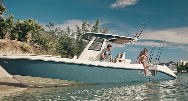 Everglades Boats 295CC Manufacturer Provided Image