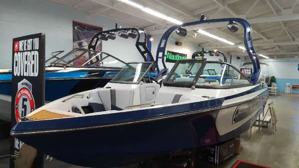 Nautique Super Air 210