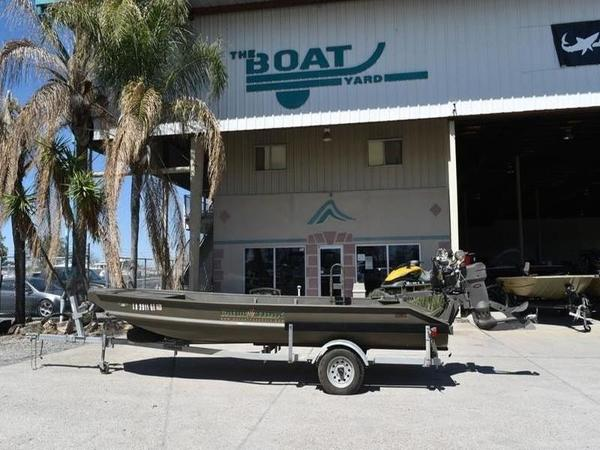 "Gator Trax Hull Hybrid 50"" 17x50 Huntdeck"
