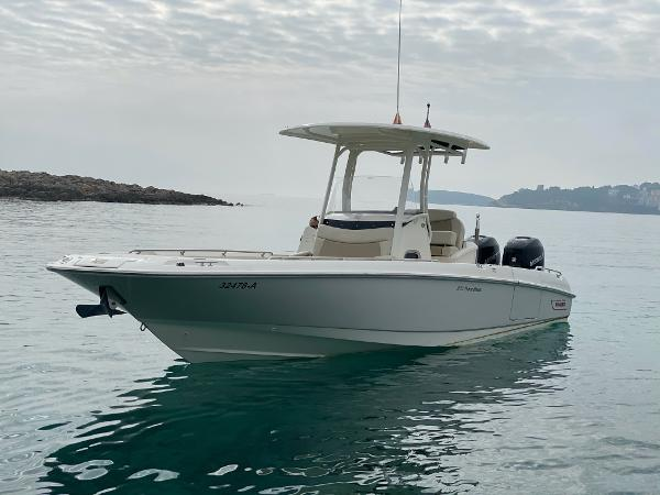 Boston Whaler 270 Dauntless Boston Whaler 270 Dauntless