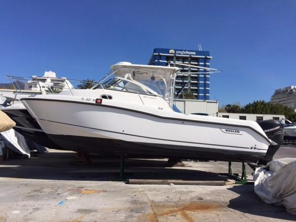 Boston Whaler 285 Conquest PATRICIA