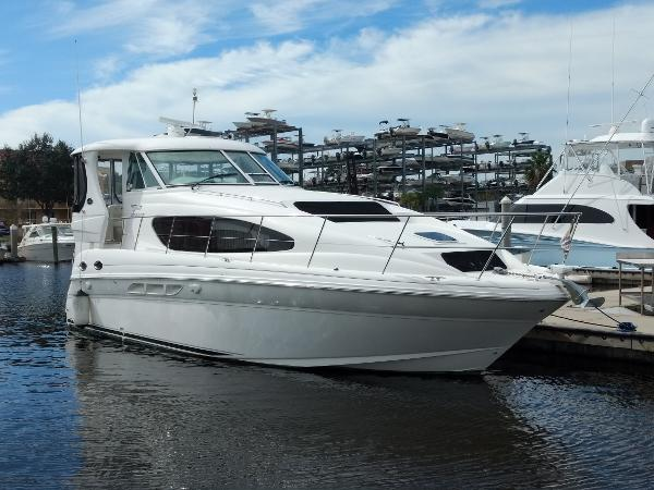 Sea Ray 40' Aft Cabin MY