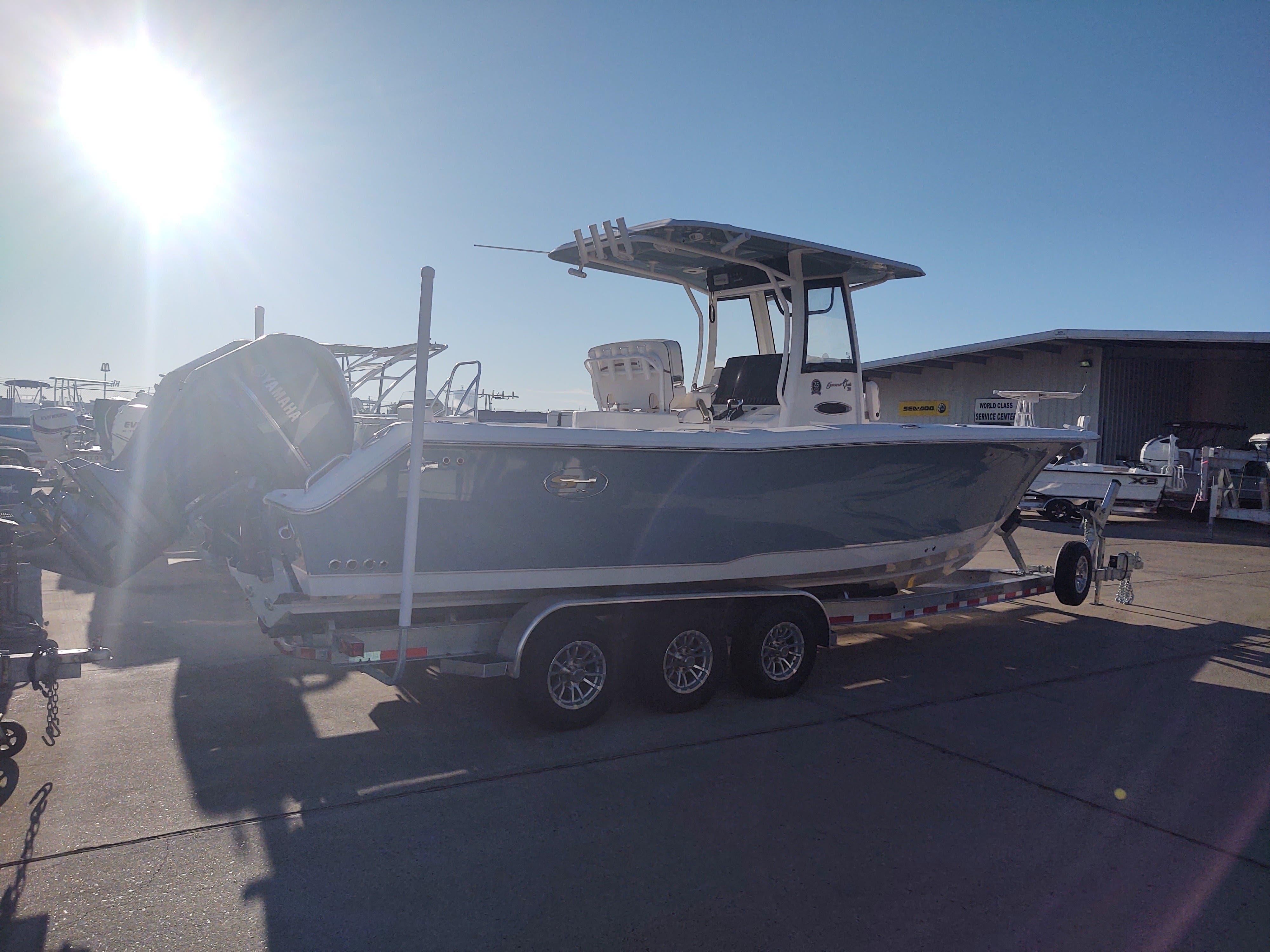 Sea Hunt Gamefish 30 CB