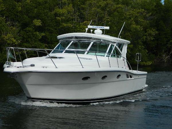 Tiara Open Port Bow Profile