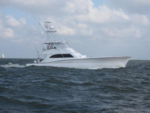 Robyn Smith Convertible Sportfish
