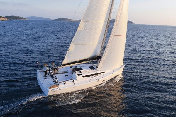 Elan E4 Manufacturer Provided Image: Elan E4 Sailing