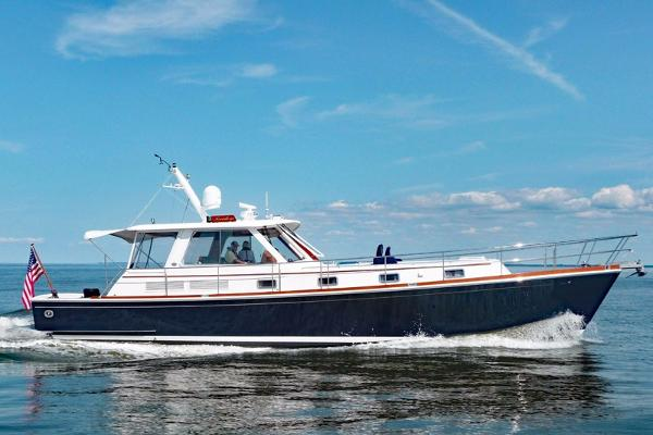Grand Banks Eastbay 49 Profile