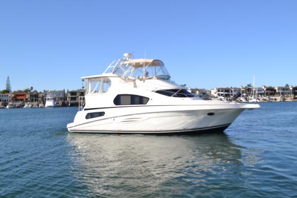 Silverton 39 Motor Yacht
