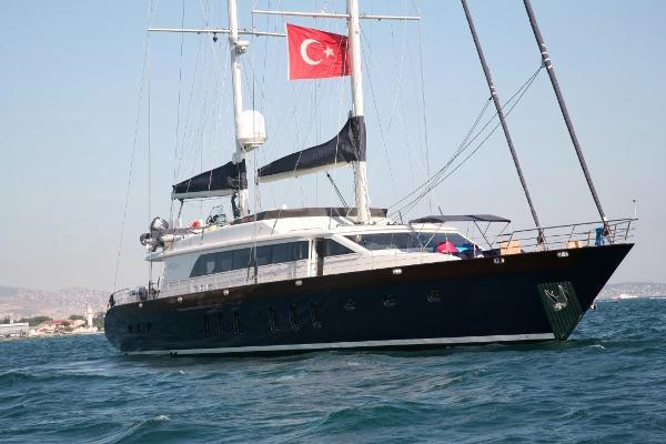 Mengi Yay Sailing 35M Mengi Yay Sailing 35M