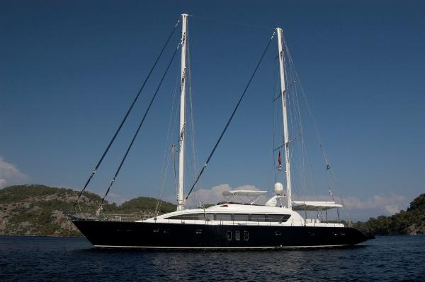 Mengi Yay Sailing 32M